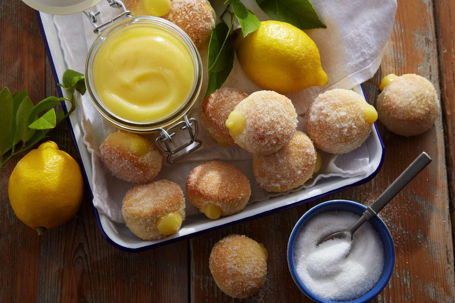 Easy Lemon Baked Donuts